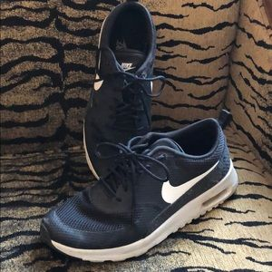 Nike Air Max Thea Size 6.5 Black
